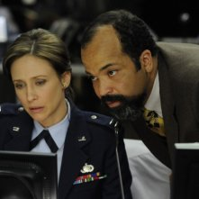 Vera Farmiga e Jeffrey Wright nel film The Source Code