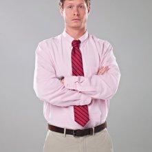 Anders Holm in una foto promozionale della serie Workaholics