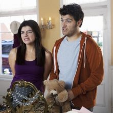 Casey Wilson ed Adam Pally nell'episodio Your Couples Friends & Neighbor di Happy Endings