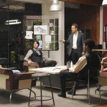 Christian Slater in una scena della serie Breaking In
