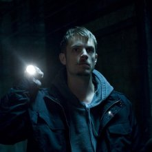 Joel Kinnaman nella serie The Killing