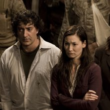 Brody (Peter Kelamis) e Lisa Park (Jennifer Spence) nell'episodio Twin Destinies di Stargate Universe