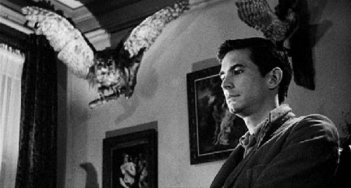 Tony Perkins è Norman Bates in Psycho