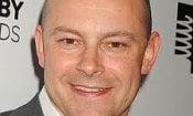 Rob Corddry papà in Little in Common