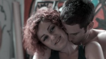 Caterina Gramaglia e Julien Allugette in una sequenza de I bambini della sua vita