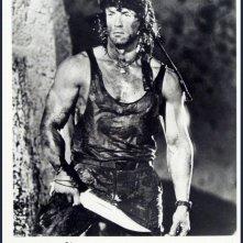 Sylvester Stallone in una sequenza di Rambo 3