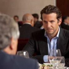 Bradley Cooper nei panni dello scrittore Eddie Morra in Limitless (2011)