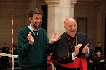 Nanni Moretti accanto a Renato Scarpa in una scena del suo Habemus Papam
