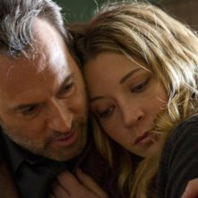 Sarah Roemer e Scott Patterson nell'episodio Turnabout di The Event