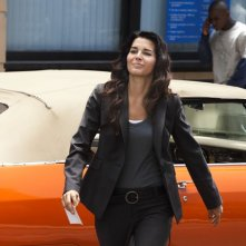 Angie Harmon nell'episodio She Works Hard for the Money di Rizzoli & Isles
