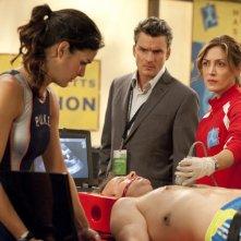 Balthazar Getty, Angie Harmon e Sasha Alexander nell'episodio Born to Run di Rizzoli & Isles