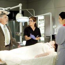 Sasha Alexander, Bruce McGill e Angie Harmon nell'episodio Boston Strangler Redux di Rizzoli & Isles