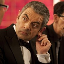 Wallpaper: Rowan Atkinson in una sequenza della spy-comedy Johnny English Reborn