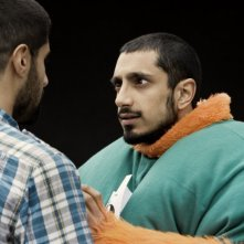 Riz Ahmed al telefono nel film Four lions (2010)