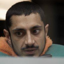 Riz Ahmed nel film Four lions