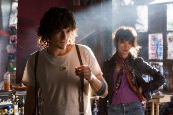 Orlando Bloom e Juliette Lewis in una scena di Sympathy for Delicious