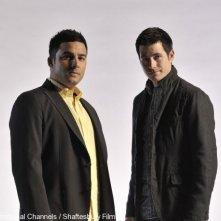 Craig Olejnik e Ennis Esmer in una foto promozionale della stagione 2 di The Listener
