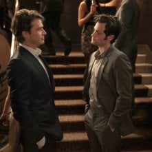 Rufus (Matthew Settle) parla col figlio (Penn Badgley) dell'episodio Empire Of The Son di Gossip Girl