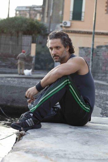 Beppe Fiorello in una immagine promo del film I baci mai dati di Roberta Torre