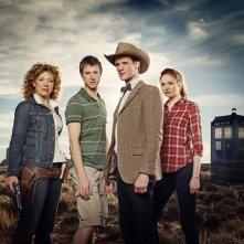 Un'immagine promozionale del cast della stagione 6 di Doctor Who