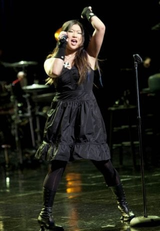 Jenna Ushkowitz nell'episodio A Night of Neglect di Glee