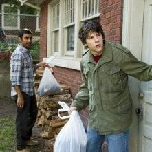 Jesse Eisenberg e Aziz Ansari in 30 Minutes or Less