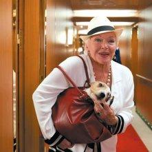 Line Renaud è una delle signore vacanziere del film La croisiere