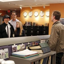 Michael Weatherly, Matthew Willig, Sarah Jane Morris e Sean Murray nell'episodio Dead Reflection di NCIS