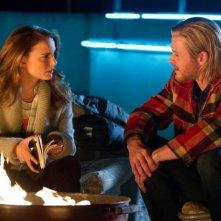 Chris Hemsworth e Natalie Portman nel film Thor