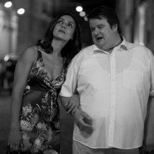 Ambra Angiolini e Giuseppe Battiston nel film Notizie degli scavi