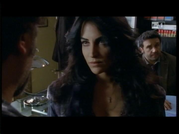 Emanuela Mule Nel Settimo Episodio Di Ho Sposato Uno Sbirro 2 Una Piccola Sorpresa 201268