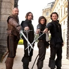 Ecco la prima immagine dei quattro moschettieri del Re. Da sinistra Ray Stevenson, Matthew Macfadyen, Logan Lerman e Luke Evans