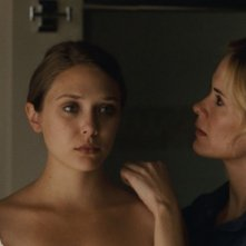 Sarah Paulson e Elizabeth Olsen in Martha Marcy May Marlene