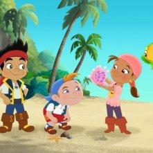 Un'immagine dei simpatici protagonisti della serie animata Jake e i Pirati dell'Isola che non c'è