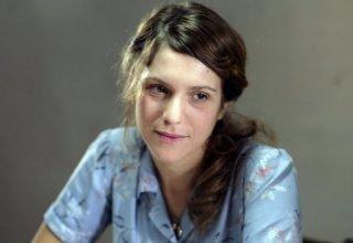 Primo piano di Isabella Ragonese dal film Il primo incarico