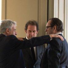 A sinistra e al centro, Alain Cavalier e Vincent Lindon nel film Pater