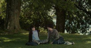Diego Noguera e Nathalia Galgani sono i protagonisti del film Bonsái di C. Jiménez (2011)