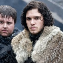 John Bradley e Kit Harington nell'episodio Cripples, Bastards, and Broken Things di Game of Thrones
