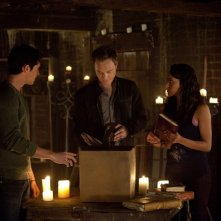 Steven R. McQueen, David Anders e Katerina Graham nell'episodio The Sun Also Rises di Vampire Diaries