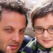 Brignano con il piccolo Marco Todisco in Fratelli Detective