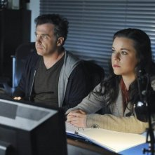 David Eigenberg e Tina Majorino nell'episodio One Life to Lose di Castle