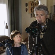 Henry Hübchen con la piccola Paraschiva Dragus nel film Polnische Ostern