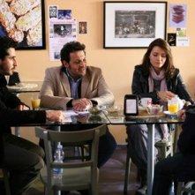 Maria Rosaria Russo ed Enrico Brignano in una scena di Fratelli Detective