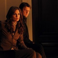 Stana Katic e Nathan Fillion nell'episodio Knockout di Castle