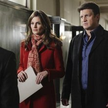 Stana Katic e Nathan Fillion nell'episodio Law & Murder di Castle