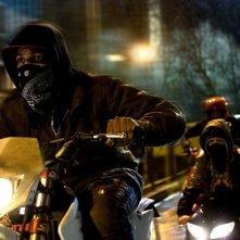 John Boyega in una scena del film Attack the Block