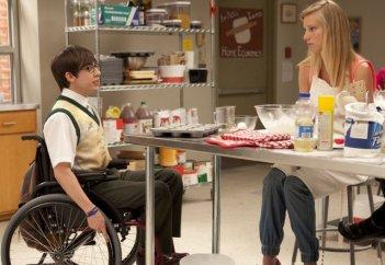 Kevin McHale ed Heather Morris nell'episodio Prom Queen di Glee