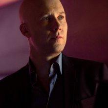 Un primo piano di Lex (Michael Rosenbaum) nell'episodio Finale di Smallville