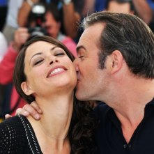Cannes 2011: l'attore Jean Dujardin presenta The Artist accanto alla fascinosa Berenice Bejo