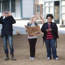 Joel McHale, Gillian Jacobs ed Yvette Nicole Brown nell'episodio Paradigms of Human Memory di Community